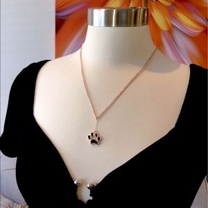 DOG PAW PET LOVERS ROSE GOLD NECKLACE